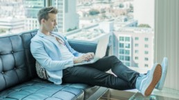 5 Steps to Build Your Business as a Solopreneur | KIAI Agency